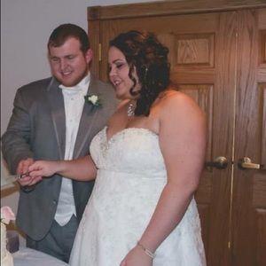 Dresses - Wedding Dress